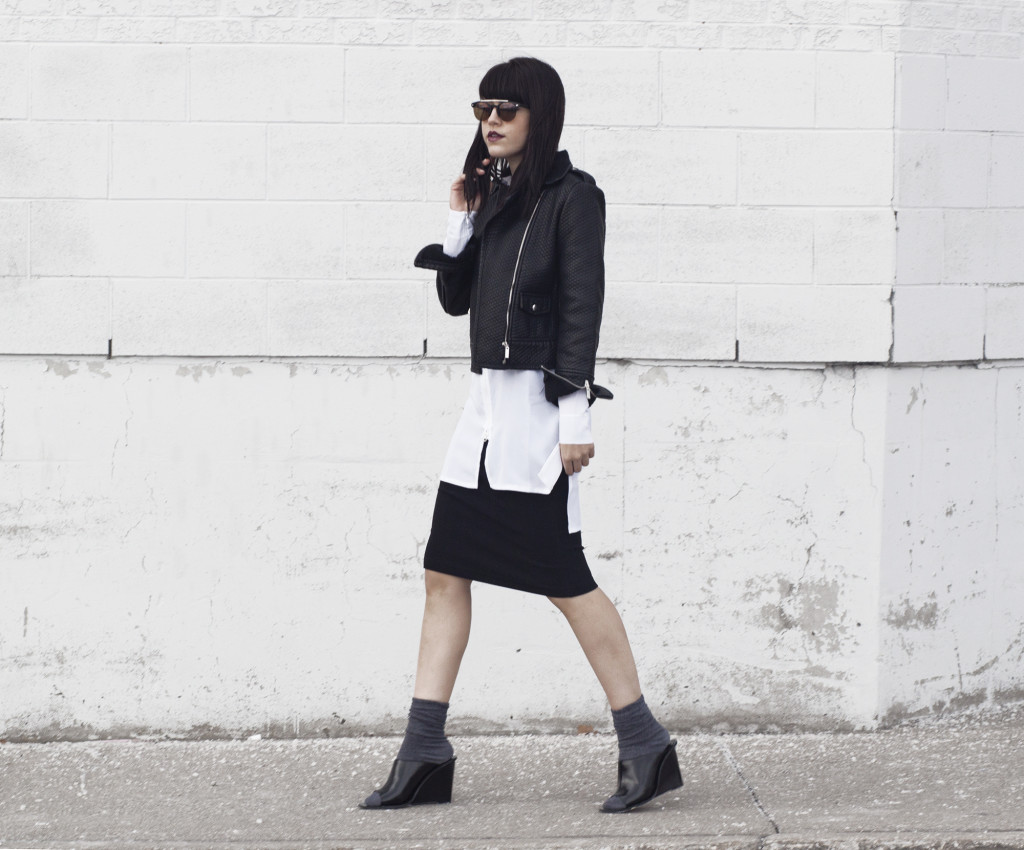 textured-leather-mules-streetstyle-2