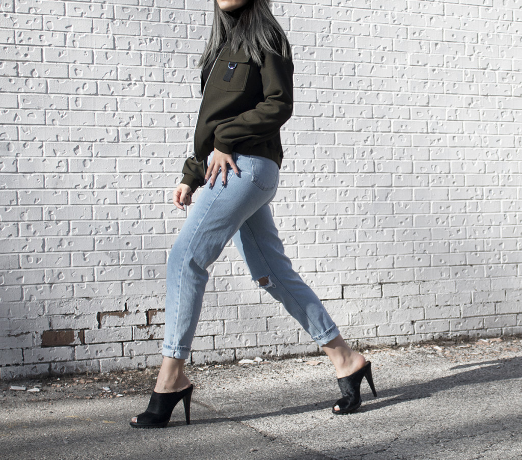 topshop-mom-jeans-streetstyle-2-rresize-1024x903