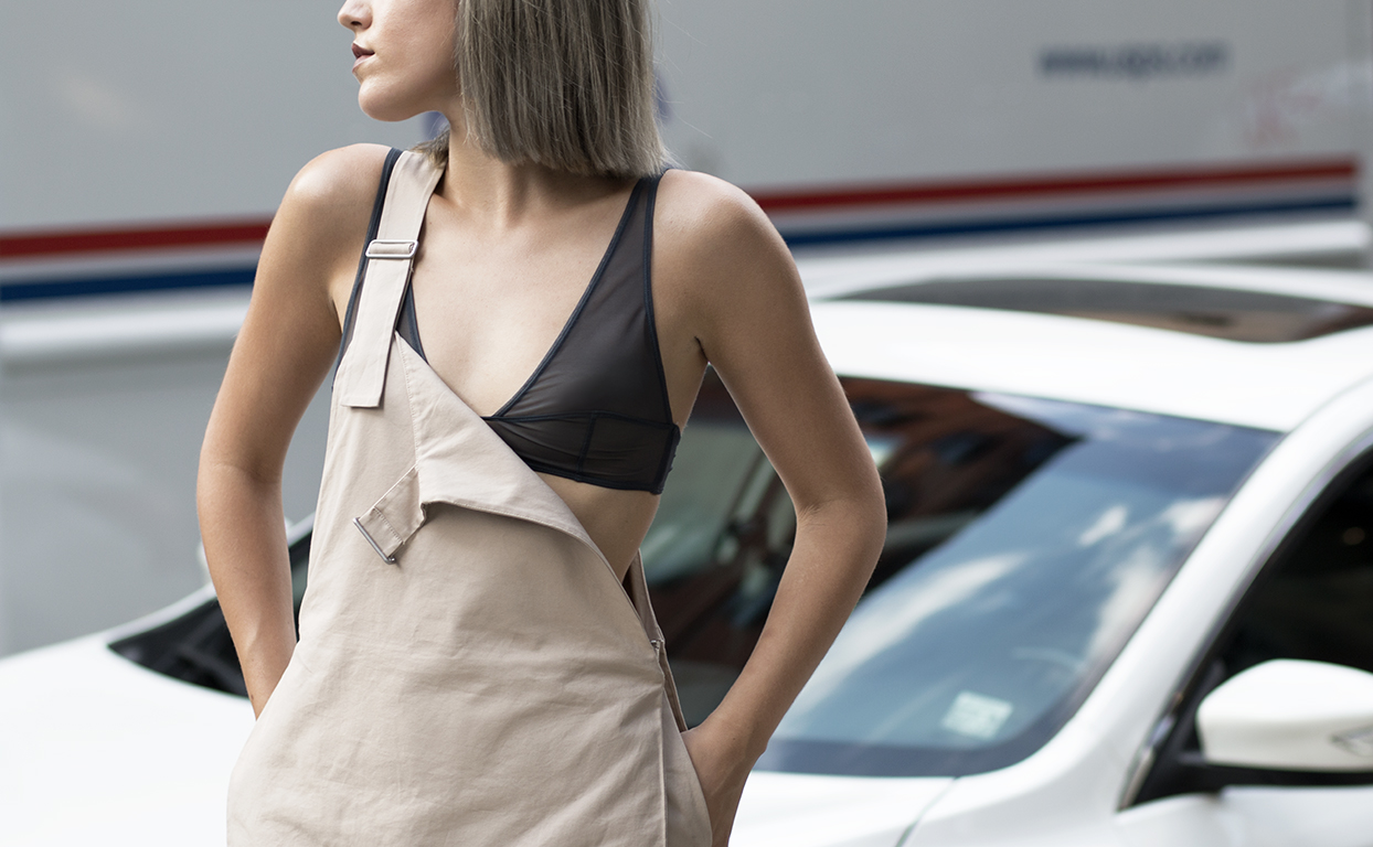 cos-jumpsuit-streetstyle-4-haircut